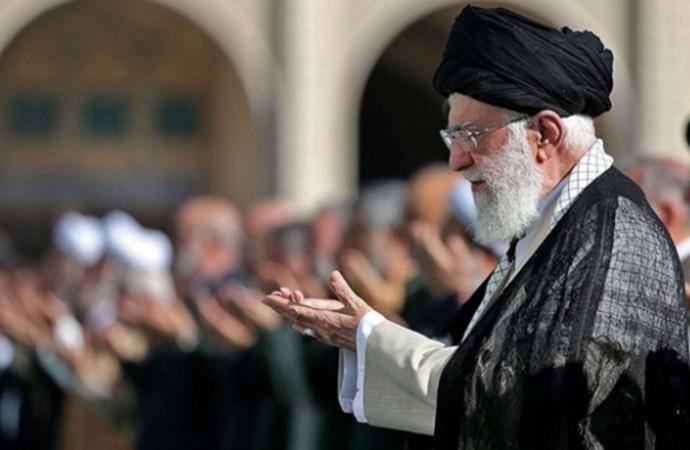 İranlı gazeteci: Kum'da kutuplaşma var