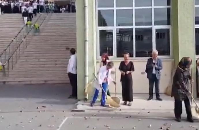 Kadıköy Anadolu Lisesindeki 'etkinliğe' inceleme