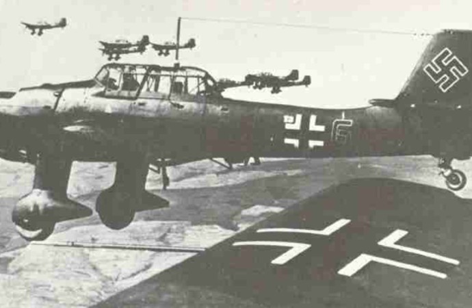 Almanlar sabah saat 4'te Polonya'yı bombalamıştı