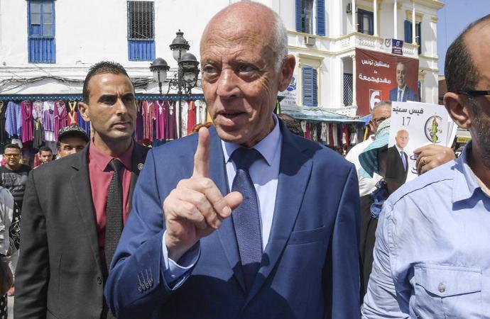 Tunus'ta öne çıkan yeni isim: Kays Said