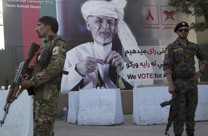 Özcan: 'Taliban'ın yaklaşmakta olan ayak seslerini işitmek mümkün'