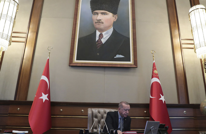 Erdoğan, Bakan Akar'a Harekat emrini verdi