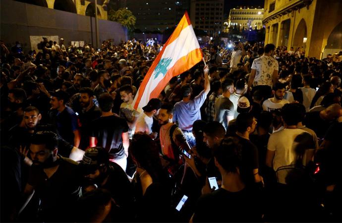 Lübnan'da hükümet karşıtı gösteriler