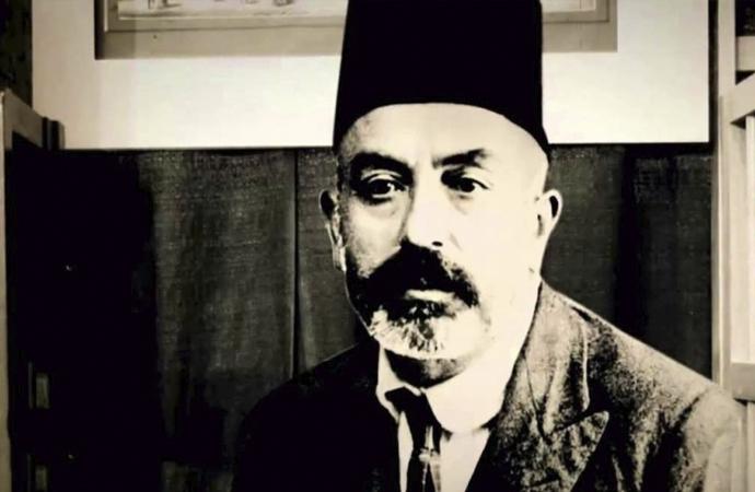 Akif, İslam medeniyetinin müdaiidir