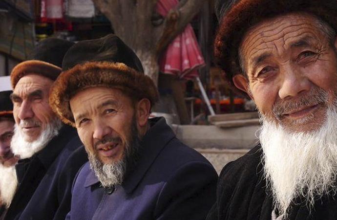 'Uygurlar konusunda diyaloga önem veriyoruz'
