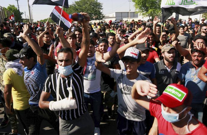 Irak'ta kaos büyüyor