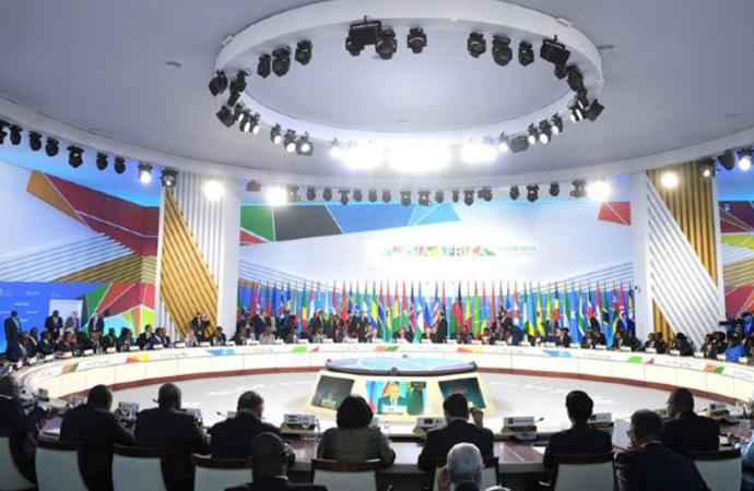 Rusya, Afrika'da da gücünü artırıyor