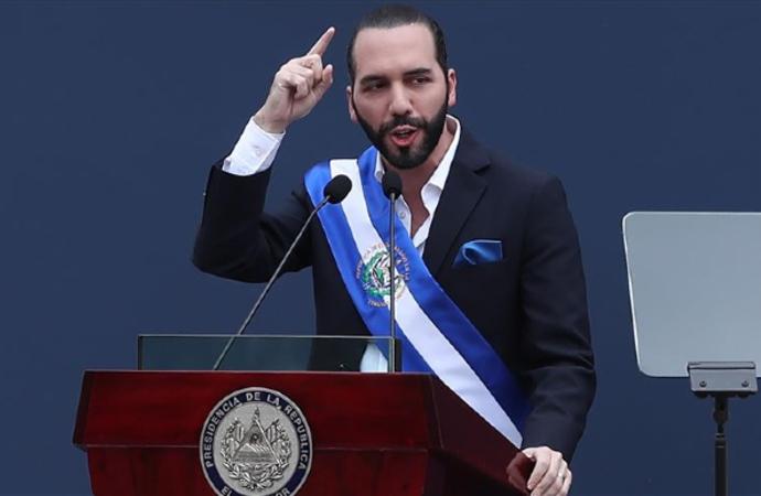 El Salvador'da 'cinayetsiz' bir gün yaşandı