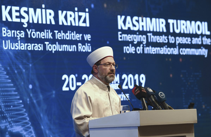 Erbaş: 'Müslümanların çözemeyecekleri hiçbir mesele yoktur'