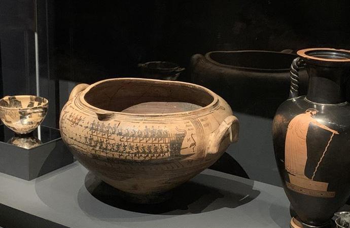 Londra'da çalıntı eserlerle Troya sergisi