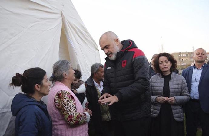 Arnavutluk Başbakanından teşekkür