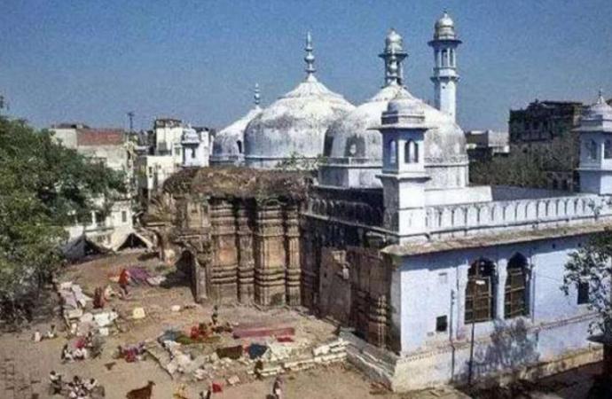 Cami anlaşmazlığında Hindular lehine karar