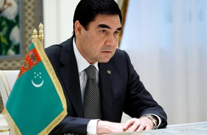 Türkmenistan lideri kendi oğluna ödül verdi