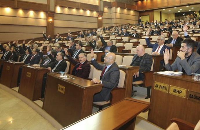 İBB Meclisi'nde kişisel verilerin istenmesi tartışıldı