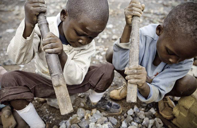 Kongolu aileler, dev teknoloji şirketlerine dava açtılar