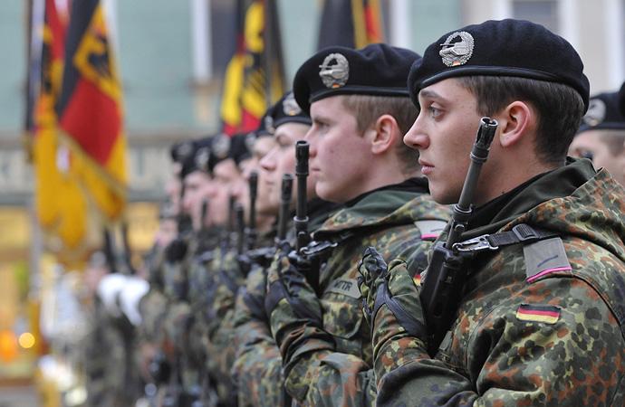 Almanya'da askeri hahamlar göreve başlıyor