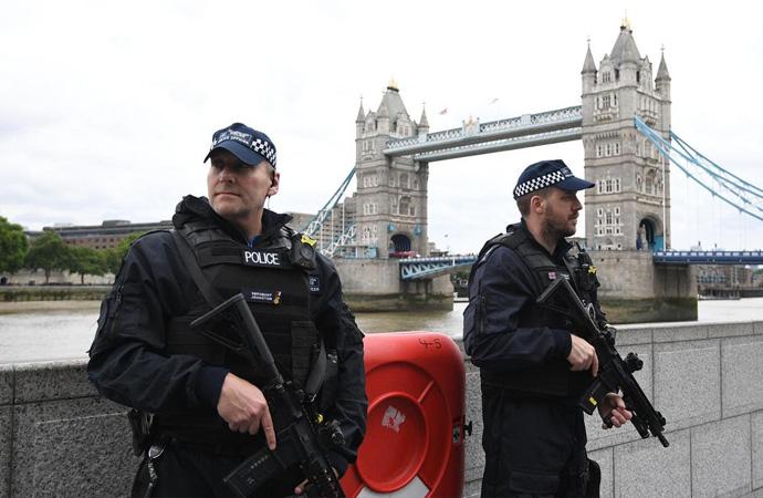 İngiltere'de ajanlara cinayet ve işkence izni