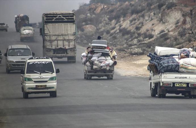 İdlib'de son iki haftada 235 bin kişi göç yoluna çıktı