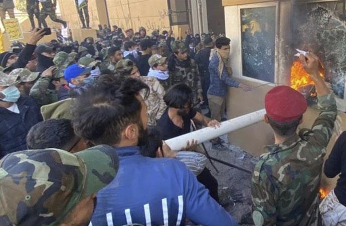 Irak'ta Amerikan Büyükelçiliği baskını