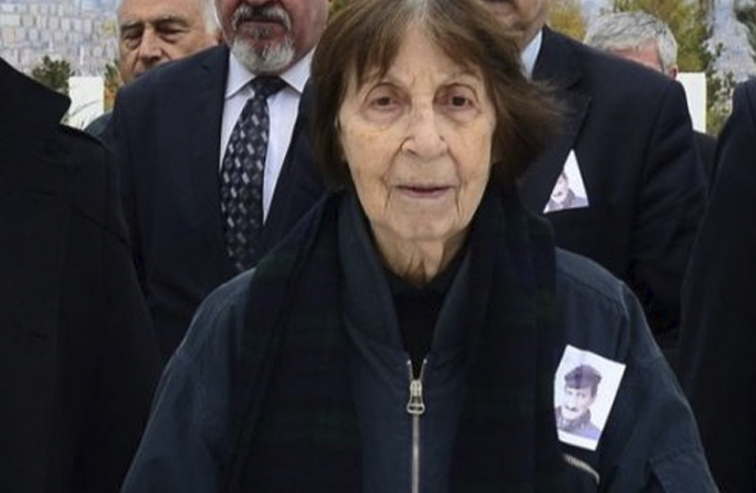 Rahşan Ecevit Devlet Mezarlığı'na defnedilecek
