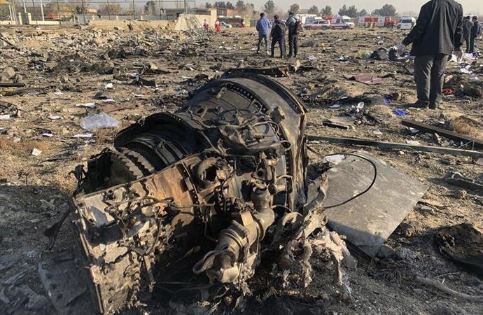 Ukrayna'ya ait yolcu uçağı Tahran'da düştü