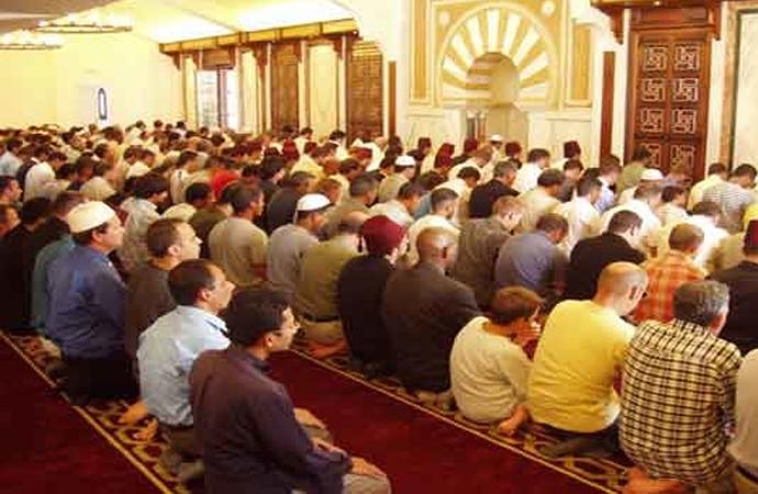 İspanya'daki Müslümanların cami ve mezar yeri sorunu