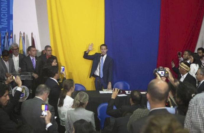 Venezuela yeniden gündemde