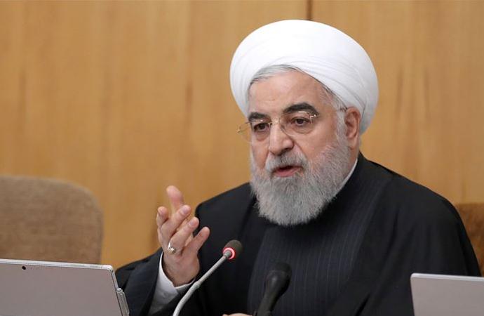 Ruhani: Seçimler olsaydı devrim olmazdı!