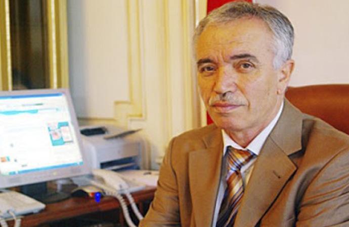 Mustafa Çağrıcı'dan Necip Fazıl-Mehmet Akif karşılaştırması