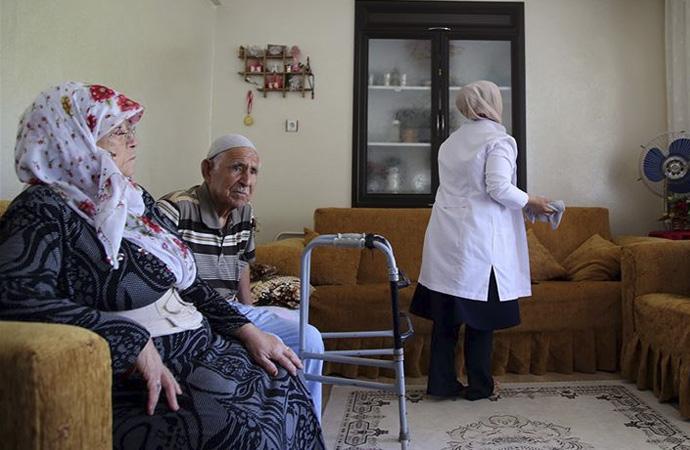 517 bin kişiye evde bakım hizmeti