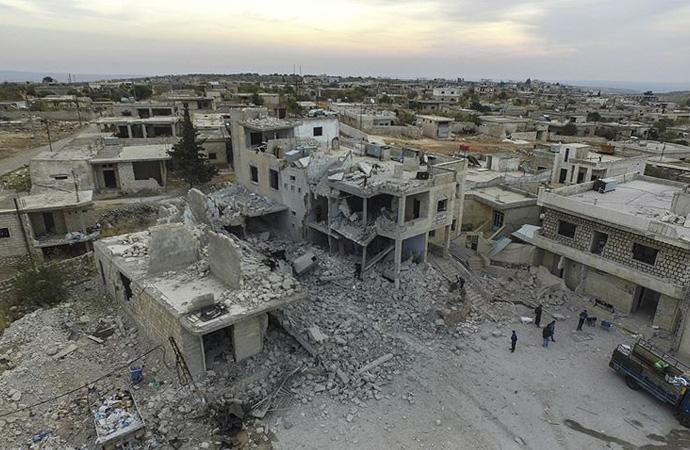 """""""Suriye ordusu İdlib'i düşürmek için saldırıyor"""""""