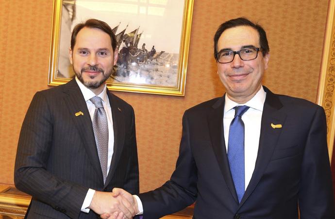 Albayrak Riyad'da ABD Hazine Bakanı ile görüştü
