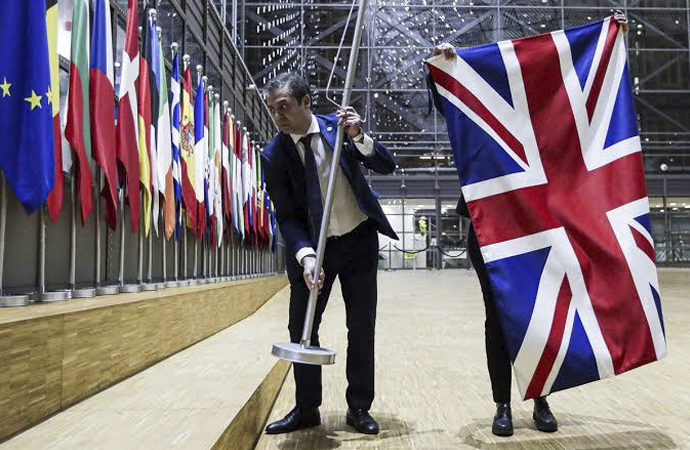 İngiltere Avrupa Birliği'nden ayrıldı