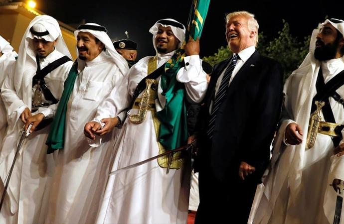 BAE ve Suudilerden Trump'a yüz milyonlarca dolar akıtıldı