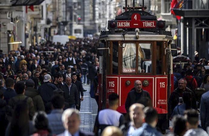 Türkiye'nin nüfusu 83 milyona yükseldi