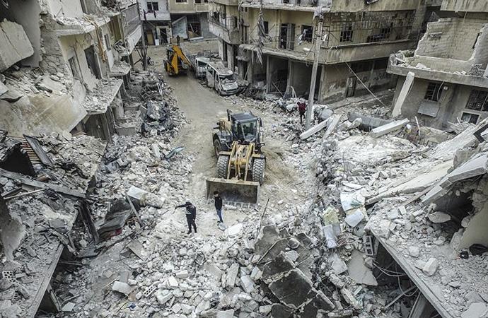 İdlib'de güvenli yer kalmadı!