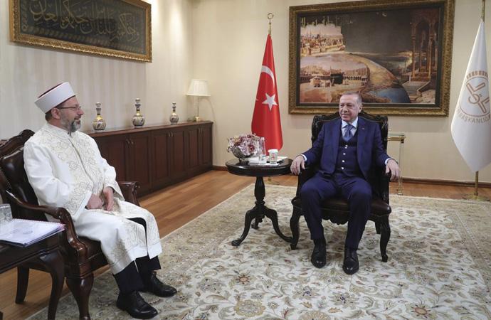 Cumhurbaşkanı Erdoğan'dan Diyanet İşleri Başkanı'na ziyaret
