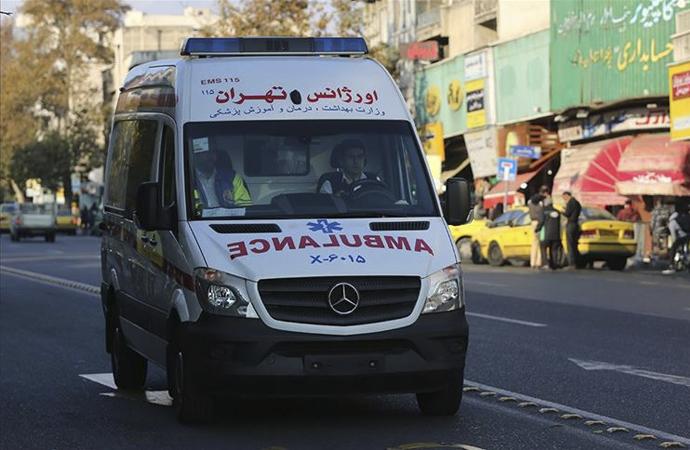 İran'da sahte içki alarmı