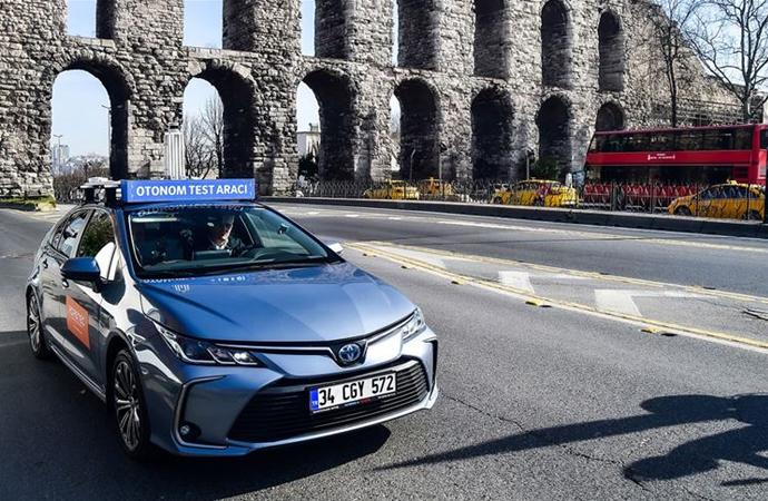Sürücüsüz test aracı İstanbul trafiğine çıktı
