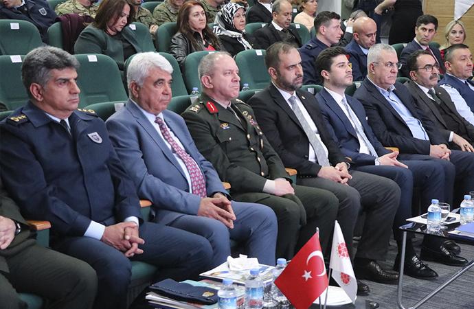 """""""Türkiye'nin NATO'ya üyeliğinin 68. yılı"""" paneli"""
