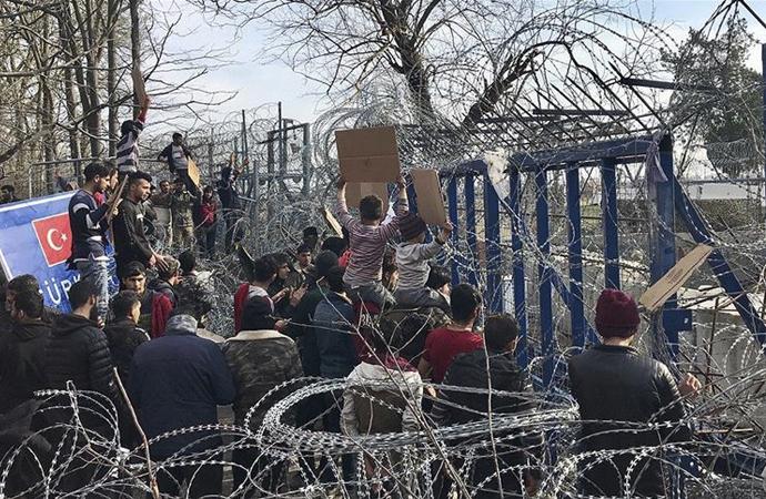 Avrupa geçmeye çalışan sığınmacıların dramı sürüyor