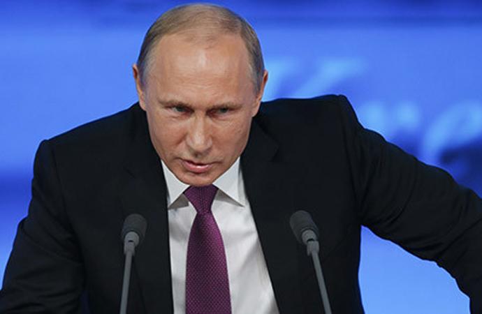 Putin'e 2036'ya kadar başkanlık yolu açılıyor