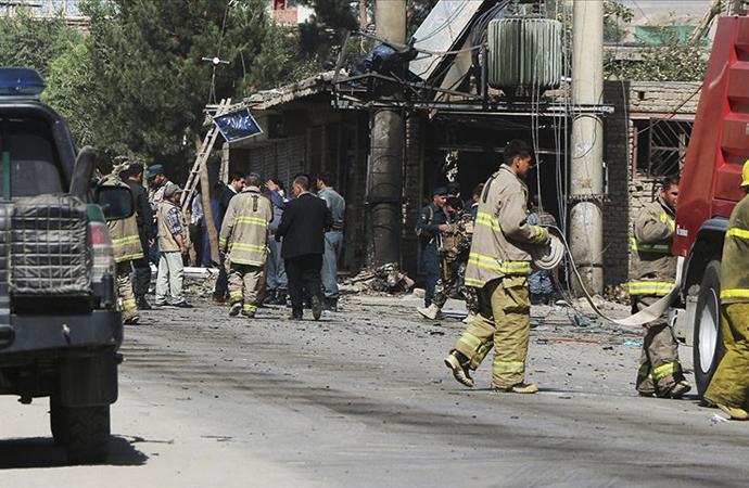 Afganistan'da saldırı: 20'den fazla polis ve asker öldü