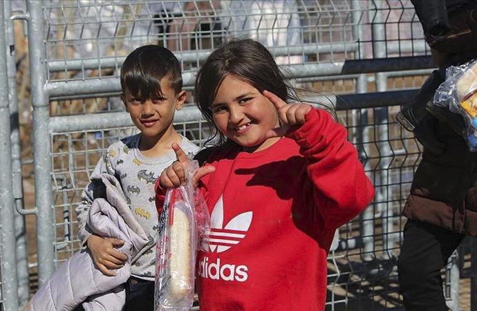 27 gündür Yunanistan kapıyı açacak diye bekliyorlar