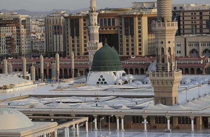Riyad, Mekke ve Medine şehirlerine giriş çıkışlar kapatılıyor