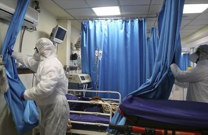 İran'da koronavirüs tedavisi gören 11 bin kişi iyileşti