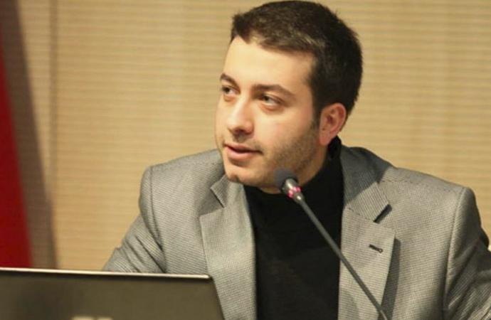 Yeniçağ Genel Yayın Yönetmeni Batuhan Çolak'ın işine son verildi