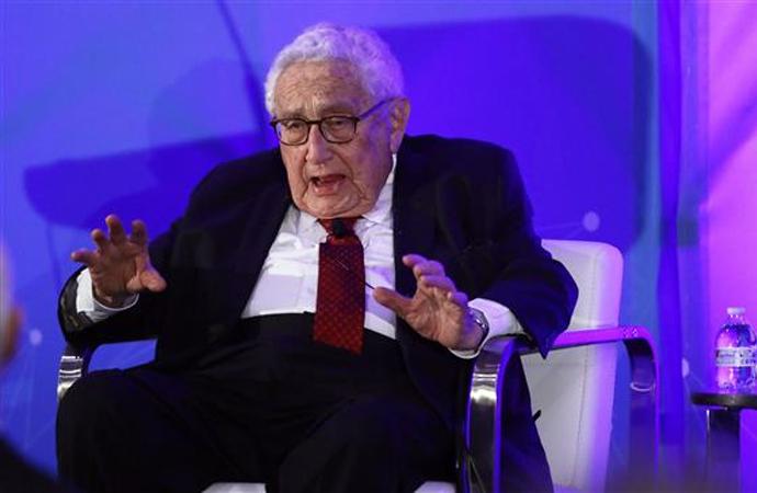 Kissinger: Korona, küresel sistemi ebediyyen değiştirecek