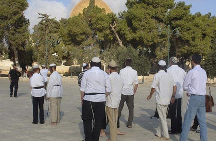 Hamursuz bayramını Mescid-i Aksa yanında kutladılar