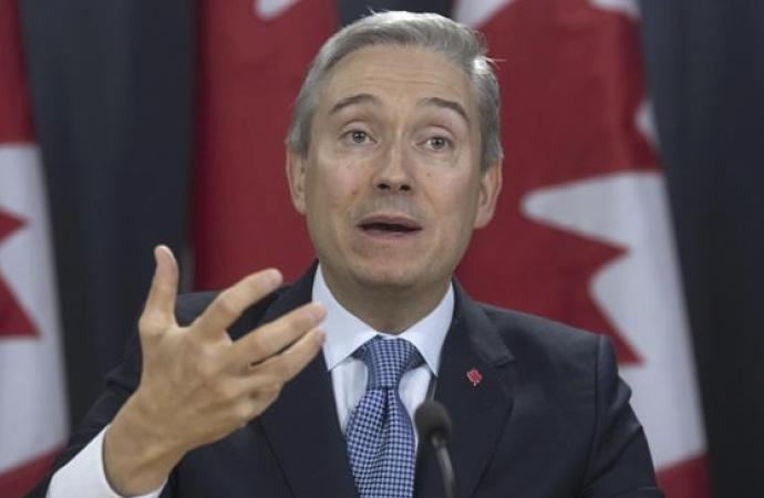 """""""Kanadalılar zarar edecekti"""" dedi, silah satışı yeniden başladı"""